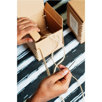 nomad-india-making-of-hand-stitched-packaging-boxes