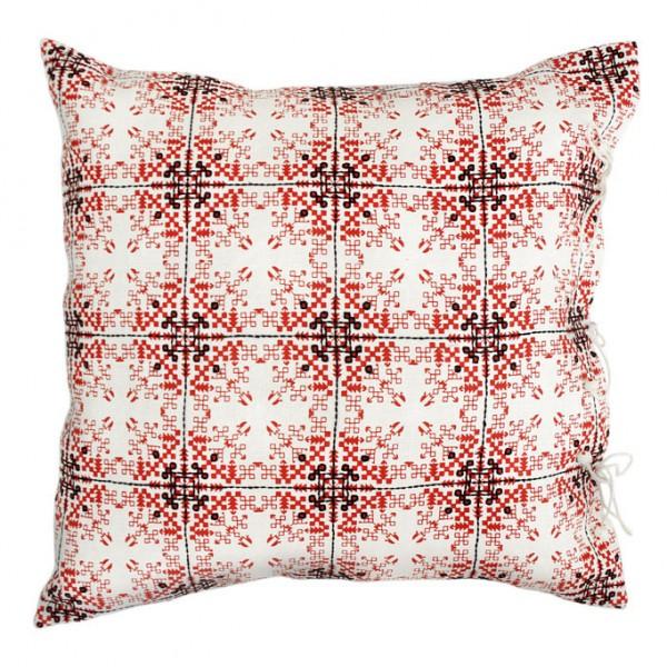 no-mad-india-isayu-red-cushion-50x50