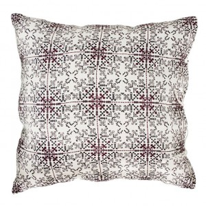 no-mad-india-isayu-black-cushion-50x50