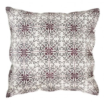 no-mad-india-isayu-black-cushion-50x50