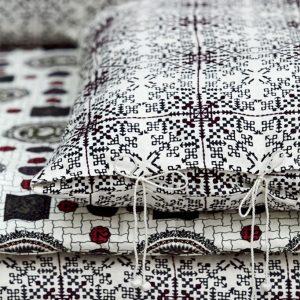 nomad-india-black-isayu-mattress