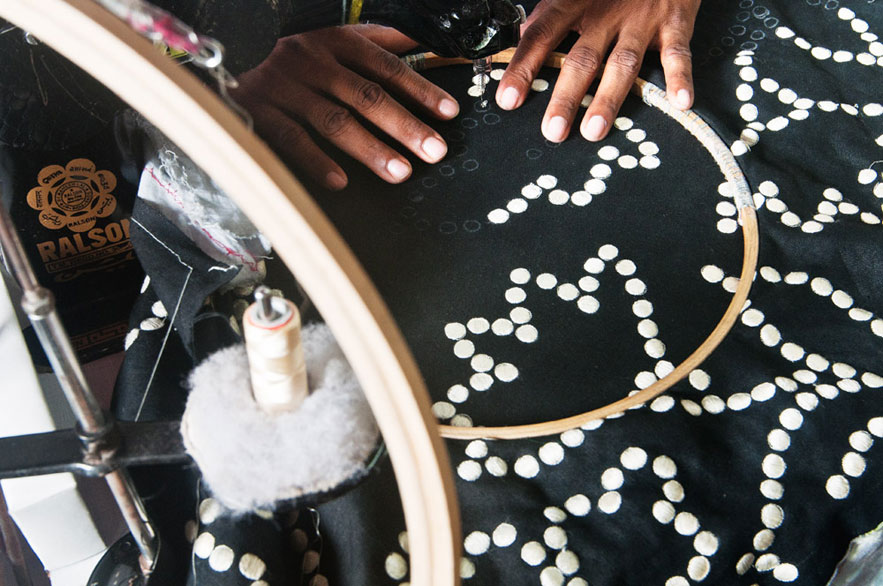 kashmir-dot-no-mad-india-know-how-making-of-embroidery-india-2