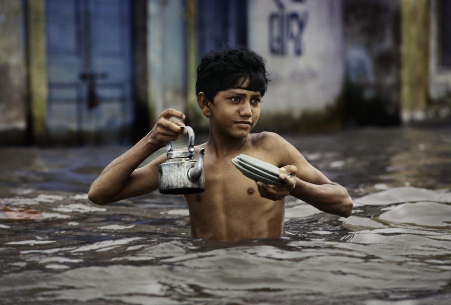 no-mad-india-steve-mccurry-monsoon-1
