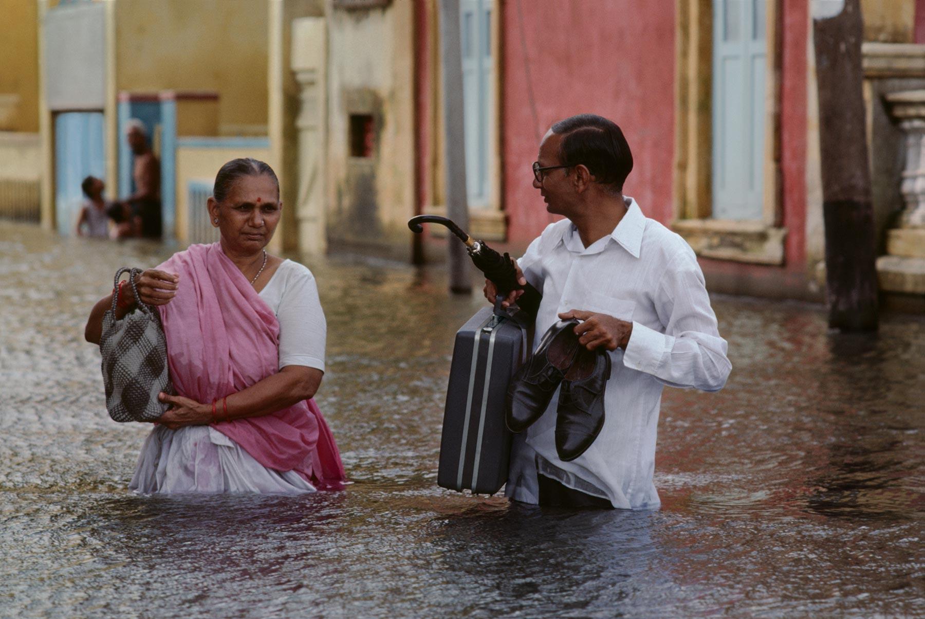 no-mad-india-steve-mccurry-monsoon-3