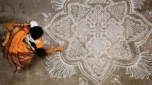 Follow the lines of a Kolam..