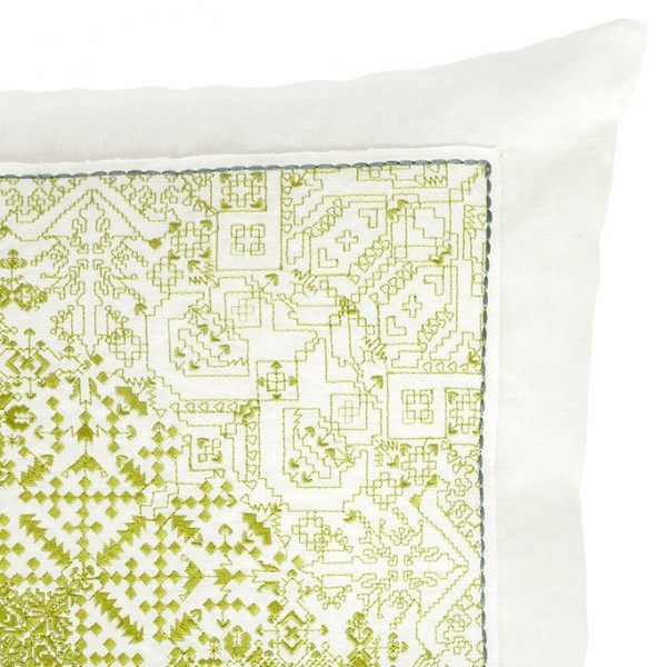 nomad-india-green-navika-embrodiery-detail