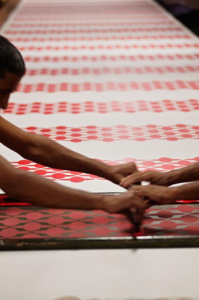 no-mad-india-making-of-red-buta-print