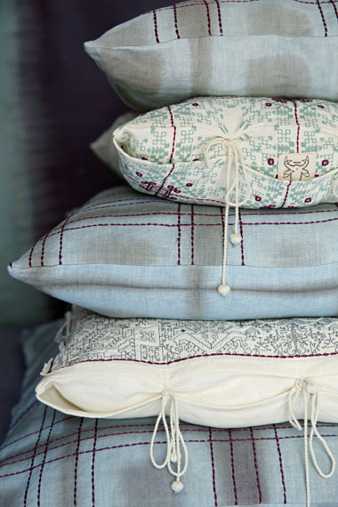 no-mad-cushion-soft-blue-collection