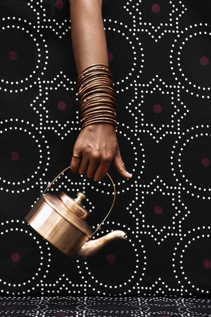 nomad-india-black-lohita-tea-pot
