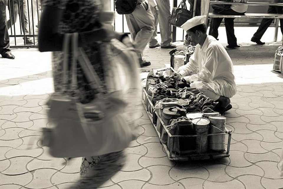 dabbawala-lunch-box-india-vb-source-1