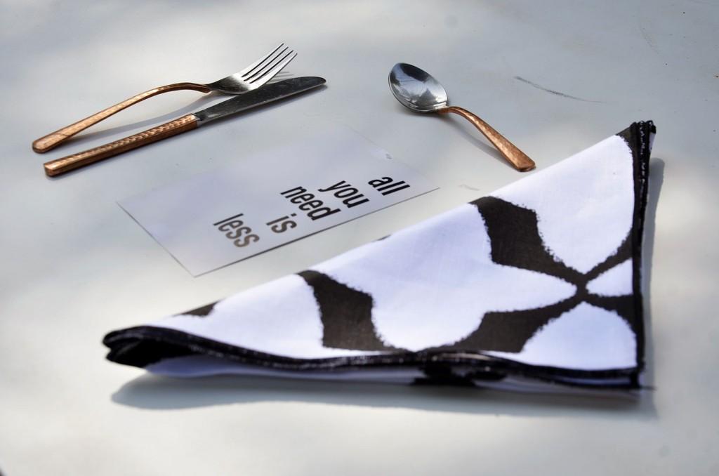 nomad-india-tabu-napkins-black
