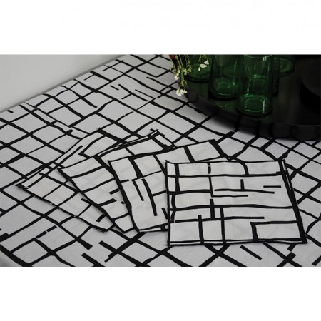 nomad-india-PANKTI-print-black-napkin-2