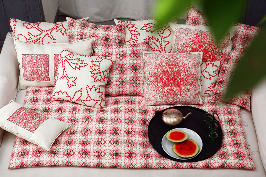 nomad-india-concept-daydream-in-red