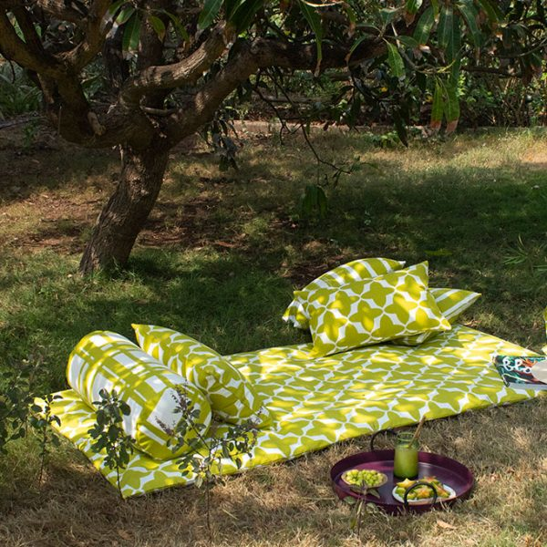 nomad-india-outdoor-olive-buta-mattress-2