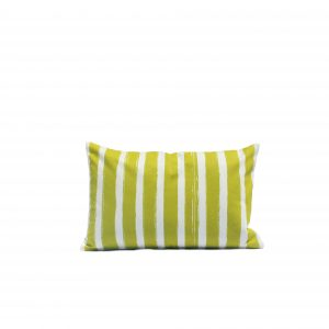 nomad-india-outdoor-olive-patta-cushion-35x55-packshot