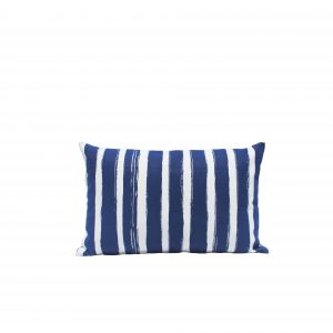 nomad-india-outdoor-indigo-patta-cushion-35x55-packshot