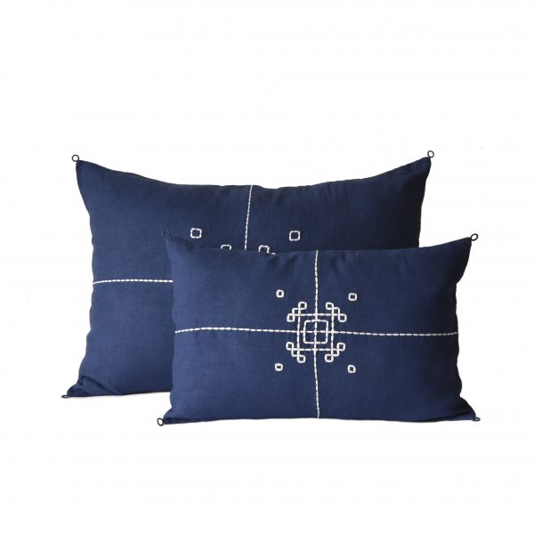 no-mad-india-indigo-vayu-cushion-1-packshot