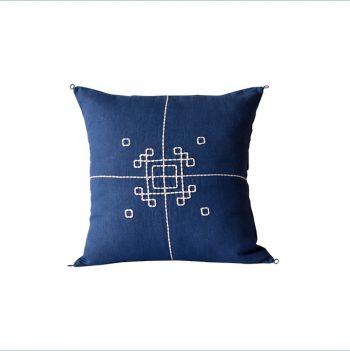 nomad-india-textiles-cushion-cover-indigo-vayu-sqaure
