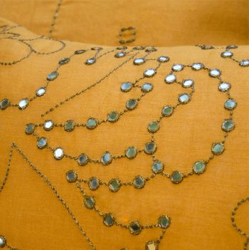 nomad-india-suman-ochre-zari-cushion-cover-detail
