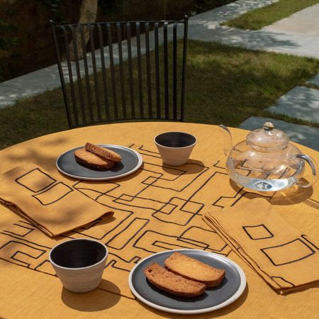 nomad-india-table-linen-vanya-ochre-black