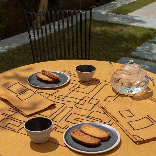 nomad-india-table-linen-vanya-ochre-black