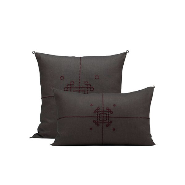 nomad-india-textile-cuhsion-cover-vayu-charocal-plum