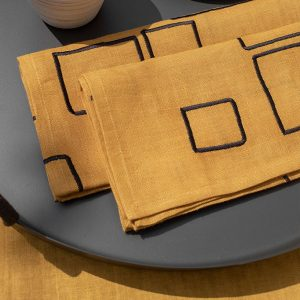 nomad-india-vanya-ochre-black-napkin-detail