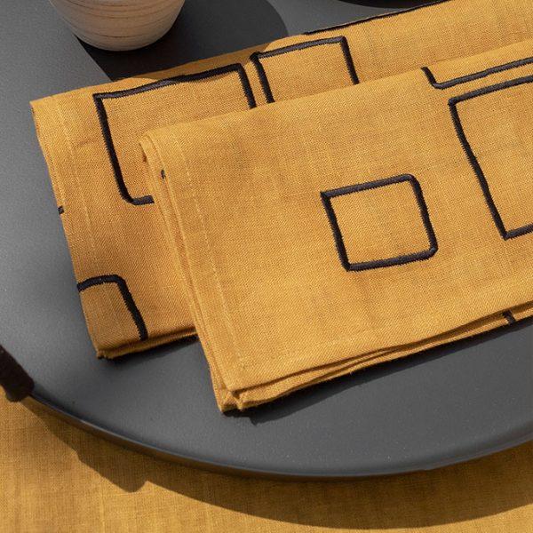 nomad-india-vanya-ochre-black-napkin-detail