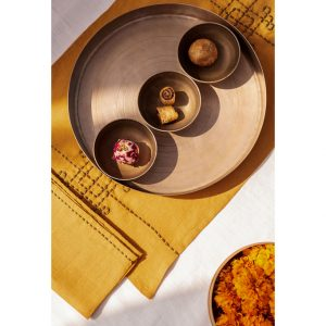 nomad-india-kusum-ochre-zari-placemat-napkin-detail