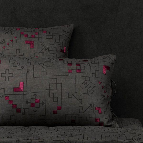 nomad-india-ryka-charcoal-black-plum-cushion-cover-main