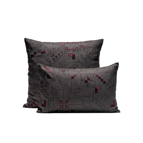 nomad-india-ryka-charcoal-plum-cushion-cover