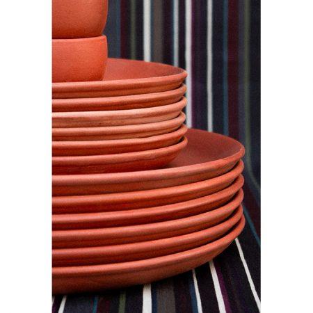 nomad-india-bazaar-terracotta-plates-detail