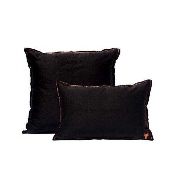 nomad-india-barahmasa-solid-cushion-black-1