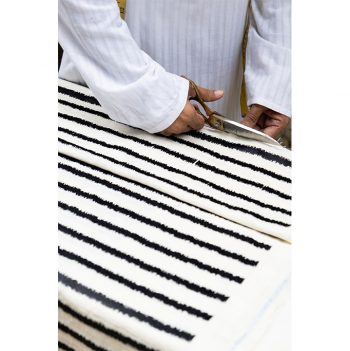 nomad-india-making-of-black-lakeer-mattress