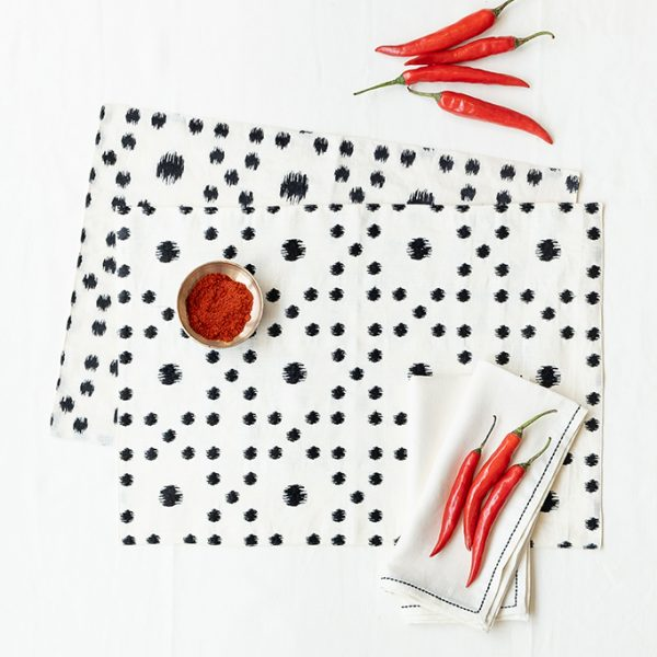 nomad-india-table-linen-black-pratha-1