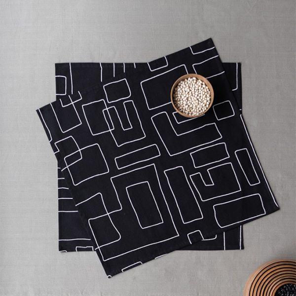 nomad-india-table-linen-black-vanya-napkins-1