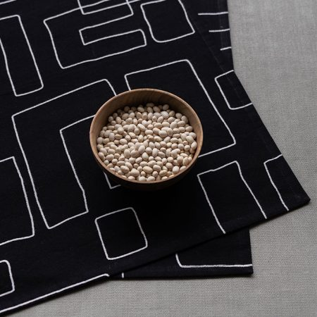nomad-india-table-linen-black-vanya-napkins-2