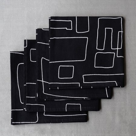 nomad-india-table-linen-black-vanya-napkins-3