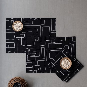 nomad-india-table-linen-black-vanya-placemats-1