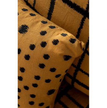 nomad-india-textiles-cushion-cover-pratha-ochre-black--details-1