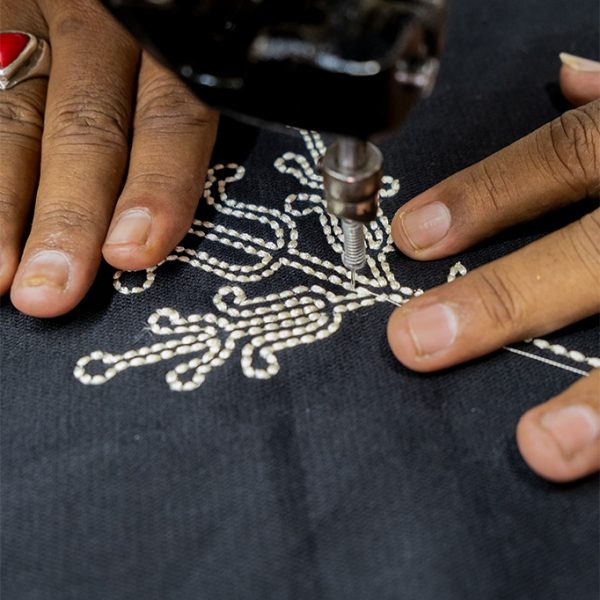 nomad-india-black-ulka-table-linen-making