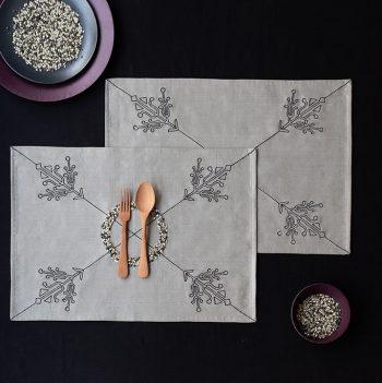 nomad-india-grey-black-ulka-table-linen