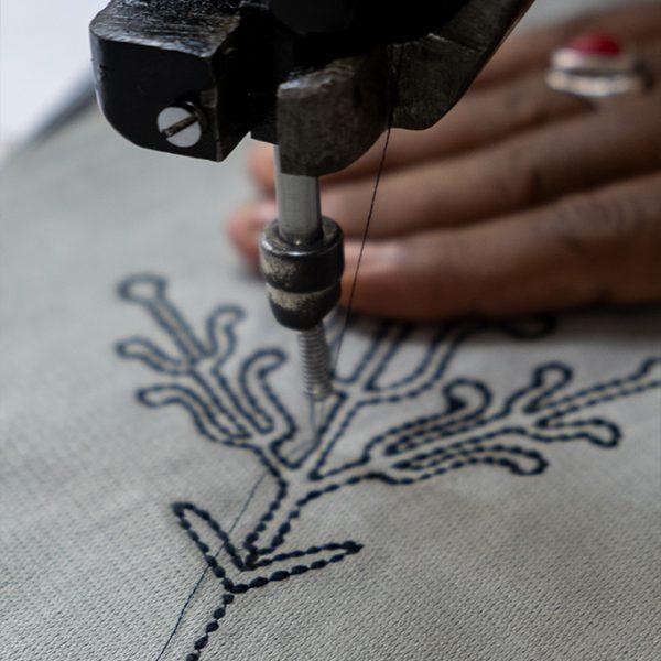 nomad-india-grey-black-ulka-table-linen-making