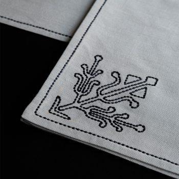 nomad-india-ulka-table-linen-grey-black-2