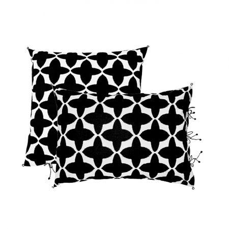 nomad-india-black-buta-cushion-2