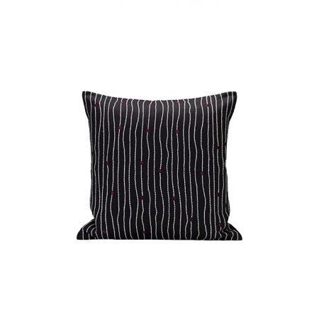 nomad-india-textile-cushion-kevala-black