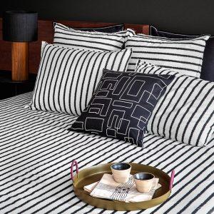 nomad-india-textile-cushion-black-vanya